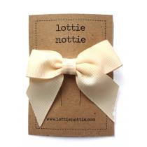 lottie nottie - Classic Cream Bow Hair Clip