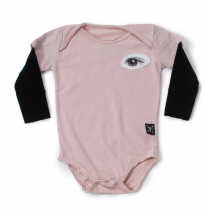 nununu - EYE PATCH ONESIE - Powder Pink